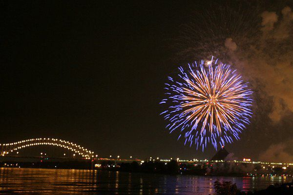 jim-west-memphis-tn-fireworks - Copy